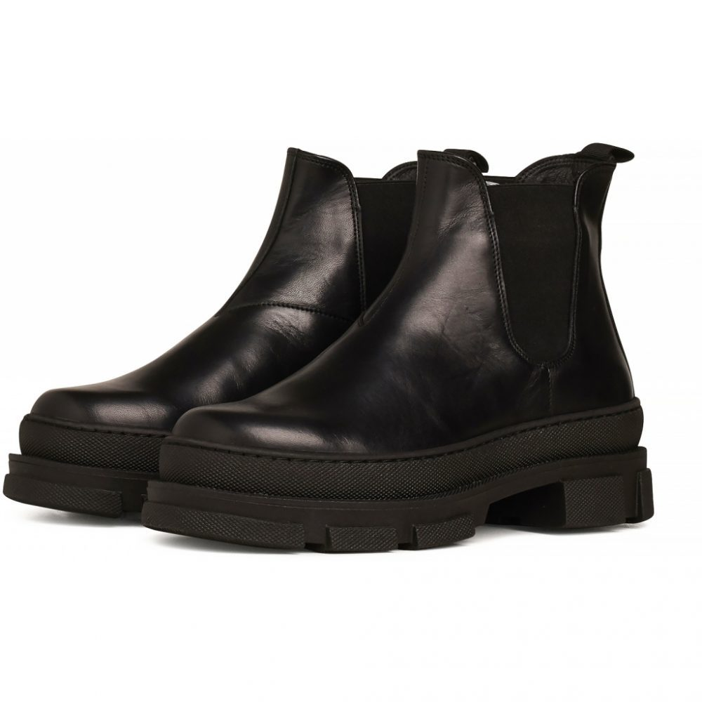 Boots Irean Chelsea - Black Leather von Garment Project