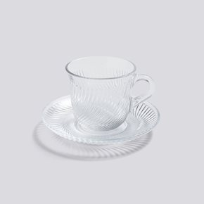 Pirouette Tasse mit Untertasse von Hay