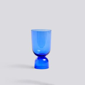 Bottoms Up Vase S - Electric Blue von Hay