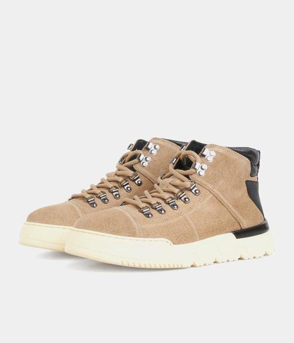 Hiking Sneaker Beige Suede